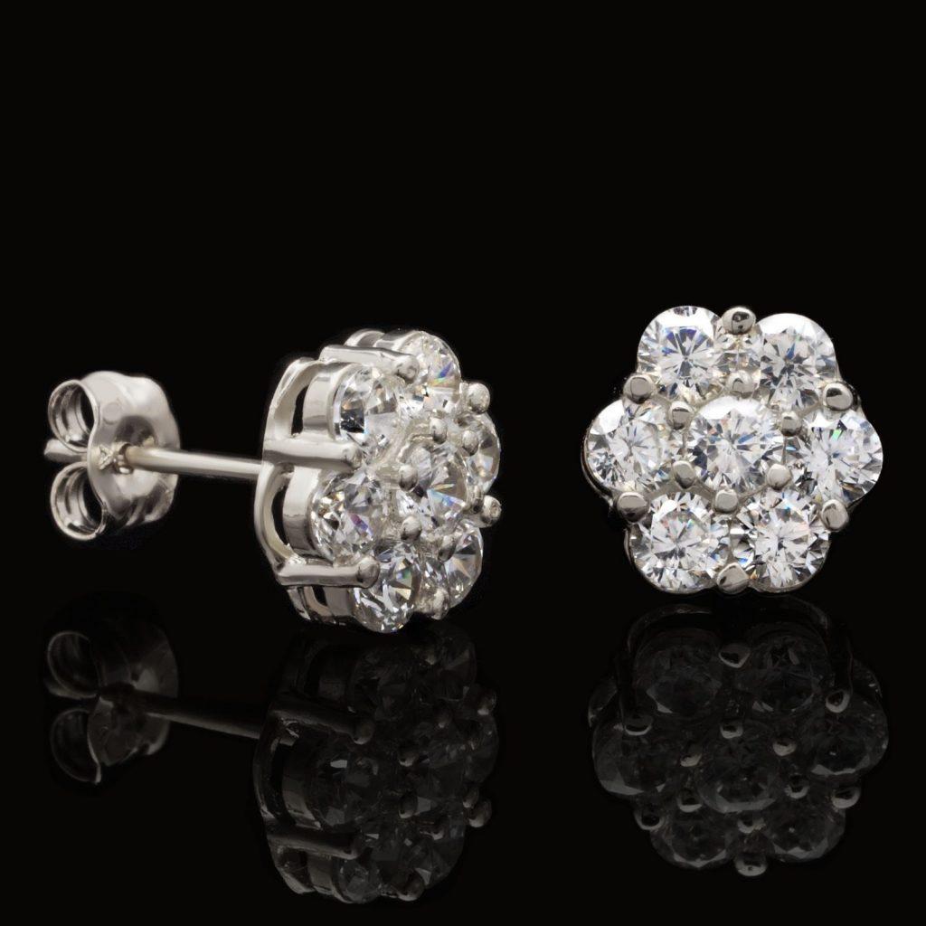 round created diamond flower cluster stud earrings. Black Bedroom Furniture Sets. Home Design Ideas